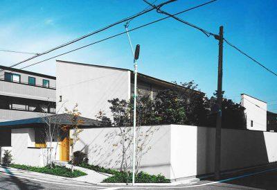 七つ庭の家
